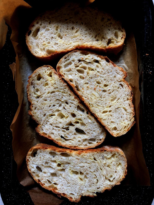 Syrový chlieb s kváskom Lievito Madre | Cheddar bread with Lievito madre