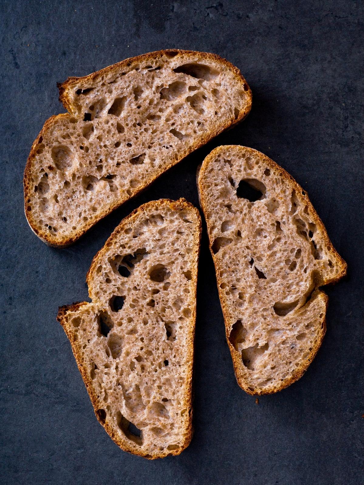 Nemiesený chlieb s kváskom Lievito madre